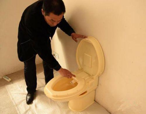 重庆父子研发3D打印折叠式马桶 获两项专利