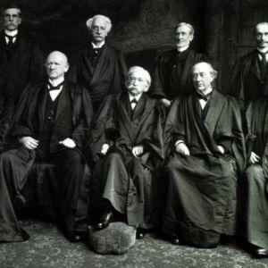 法律人的八卦:美国联邦法官成功转行的实例